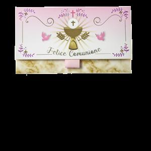 """Biglietto Pochette """"Prima Comunione"""" Bimba Rosa ha dimensioni 16 x 10 x 9 cm ed è pratico e tascabile. Nella parte interna superiore è presente un messaggio d'auguri, oltre allo spazio per un messaggio personalizzato da aggiungere a mano."""